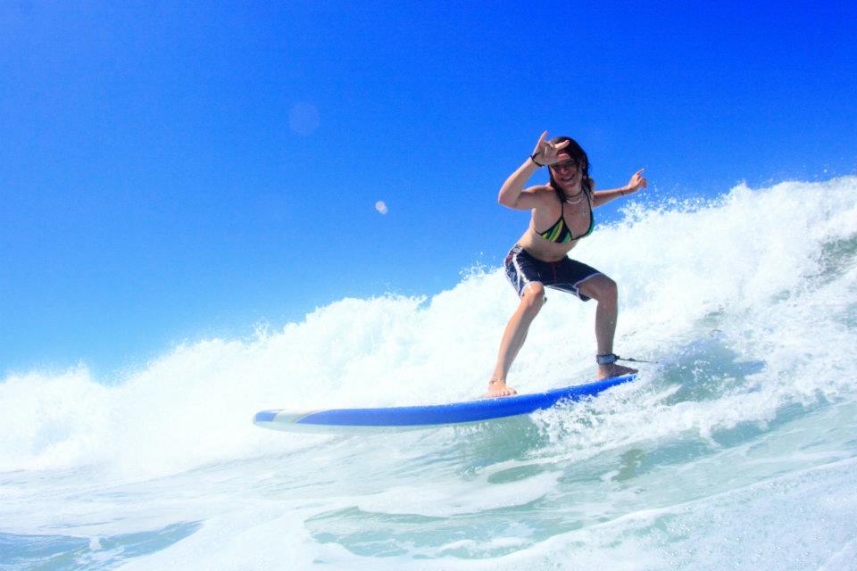 alumni surf lesson photo session puerto escondido